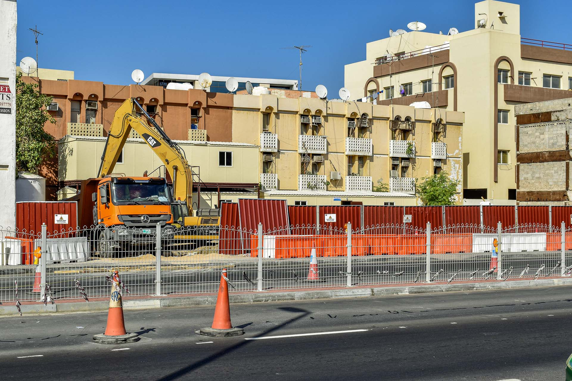 Wasl Properties Karama G+4 project, logistics challenges